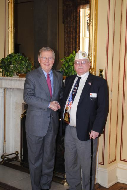 Visiting with Mitch McConnell at DAV's MidWinter Conference
